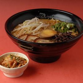 Kimchi BBQ Pork Ramen<br>泡菜叉燒拉麵