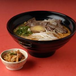 Kimchi Beef Teppanyaki Ramen<br>泡菜鐵板牛肉拉麵